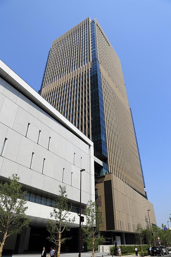 コンチネンタル 大阪 インター