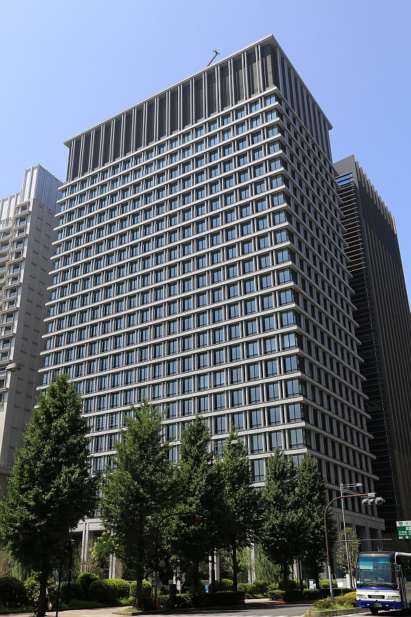 日本生命 丸の内ガーデンタワー   東京都千代田区